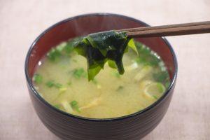 大豆イソフラボンを含む味噌汁